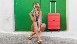6 lepotnih trikov, ki bi jih morala vsaka ženska poznati pred potovanjem