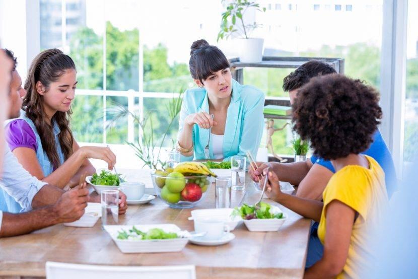 Varčevalni nasveti: Kako jesti v restavraciji in prihraniti nekaj denarja