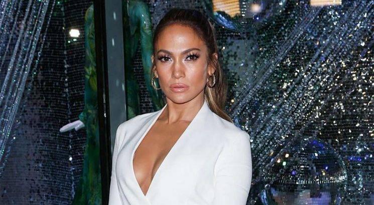 Makeup trik: Kako do sijočega videza Jennifer Lopez