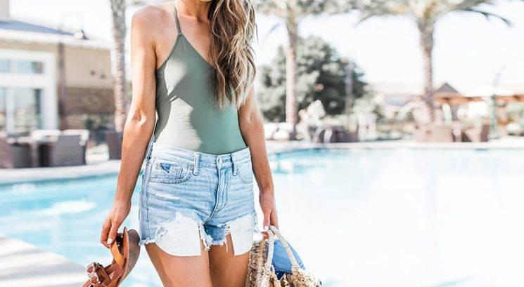 Kako rešiš največje poletne lepotne težave: suhi lasje, akne,…