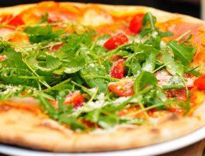 Recept: Testo za pizzo iz samo dveh sestavin!