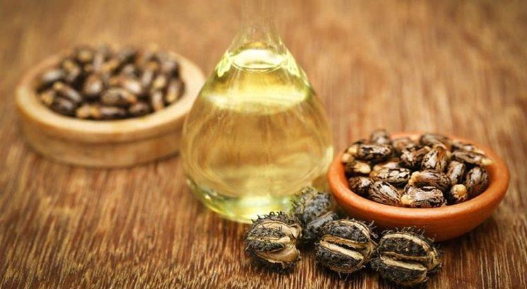Ricinusovo olje: Za kaj vse lahko uporabiš to čudežno olje