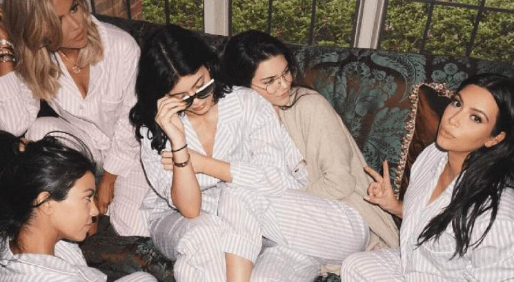 Čakaj malo! Ali je noseča še četrta Kardashianka?