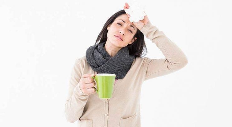 Se želiš izogniti gripi in prehladu? Nehaj se dotikati teh dveh stvari