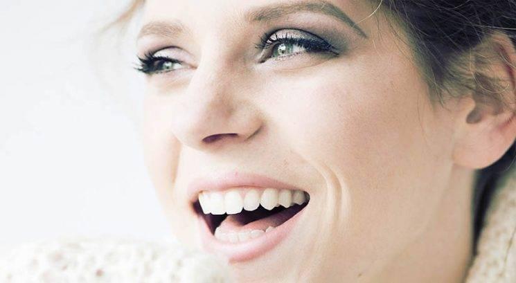 Smejalne gubice: Kaj so in kako ublažiti njihov videz