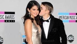 Seleno Gomez in Justina Bieberja ujeli pri poljubljanju!