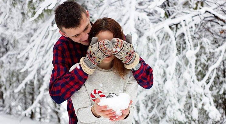 3 predlogi, kako še okrepita vajino zvezo v decembru
