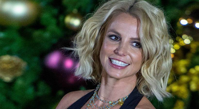 Božično drevo: Britney Spears ima letos brez dvoma najlepšega!