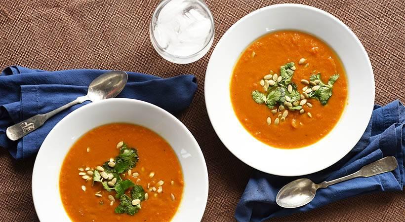 Recept: Enostavna korenčkova juha z ingverjem