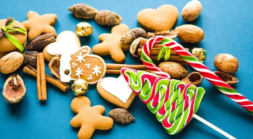 Praznično sladkanje: 5 enostavnih receptov za zdrave piškote