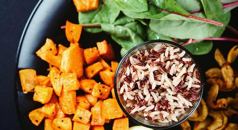 4 preprosti triki za zdravo prehranjevanje v novem letu