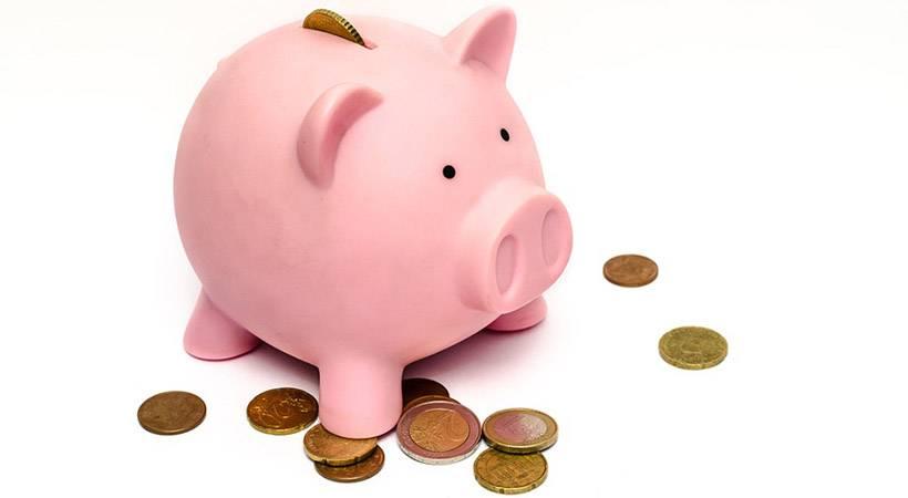 Bi rada v enem letu privarčevala skoraj 700€?