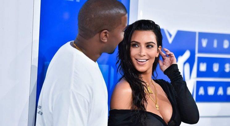 Kim Kardashian in Kanye West razkrila ime novorojenke!
