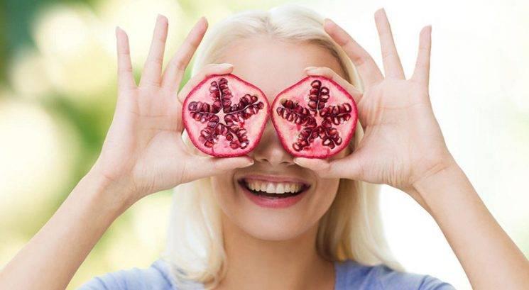 Bi rada izgledala 10 let mlajša? Začni uživati TA protivnetna živila…