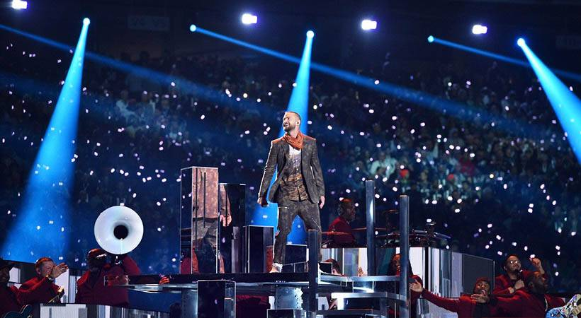 VIDEO: Justin Timberlake zavzel oder med polčasom Super Bowla 2018