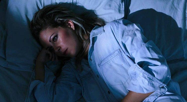 Ali veš, zakaj v nedeljo zvečer tako težko zaspiš?