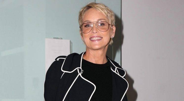 Kaj počne Sharon Stone, da pri 59-ih izgleda stara 45
