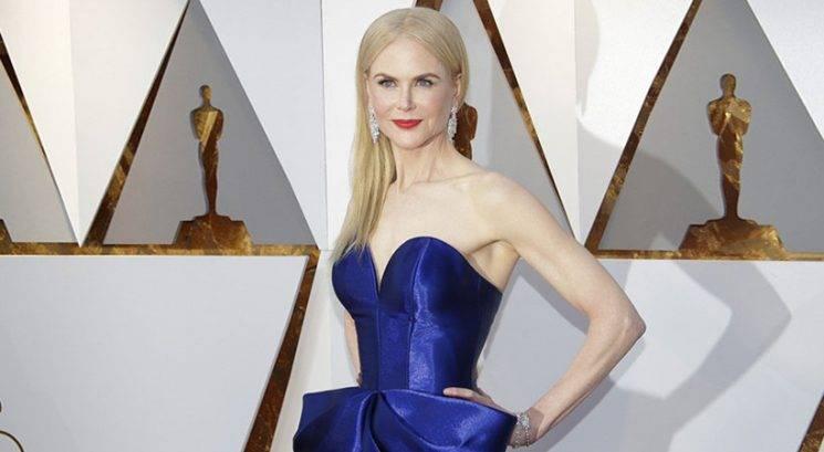 Poglej, kako je Nicole Kidman na poti na Oskarje presenetila skupino turistov!