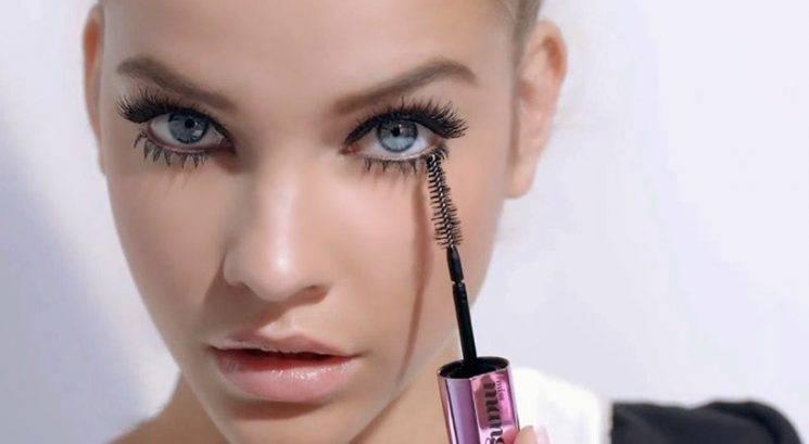 Makeup trik: Kako do resnično dooolgih trepalnic