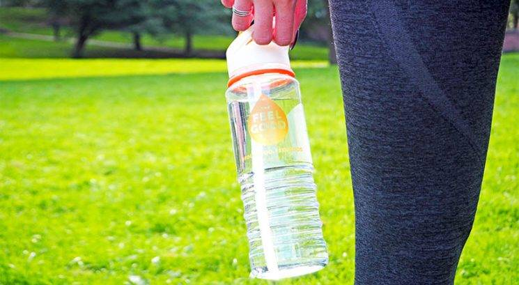 Ne piješ dovolj vode? Poskusi naš 7-dnevni hidratacijski izziv!