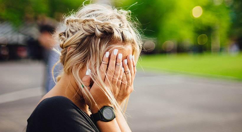 Tako negativno stres vpliva na tvoj izgled