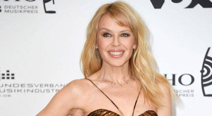 Kylie Minogue razkrila enostavne lepotne skrivnosti za mladostni videz