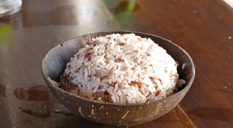 Razkrivamo, kako skuhati riž, da absorbiraš pol manj kalorij!