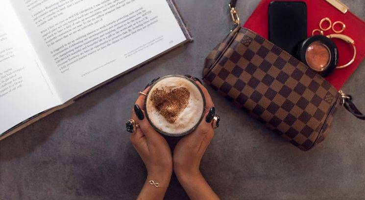 Zasvojena s kavo? Njeni pozitivni in negativni učinki