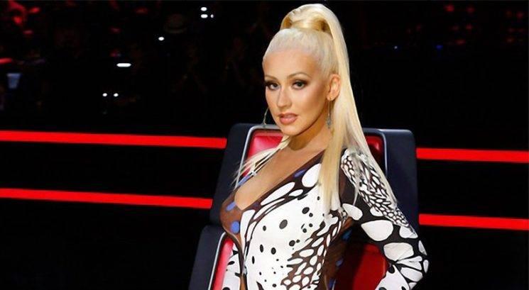 Christina Aguilera pokazala, da še vedno raztura!