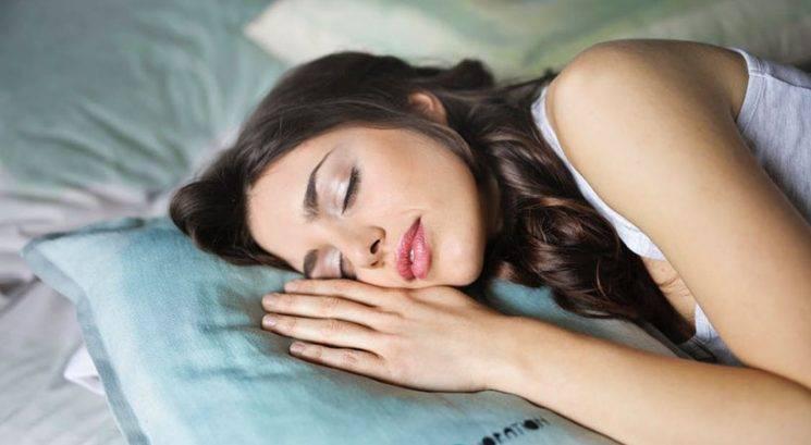 Wellness vikend: 3 načini, kako se sproščena odpraviš v posteljo