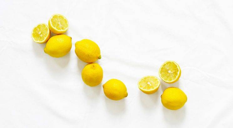 Kako ti lahko limona pomaga prepoznati raka na prsih