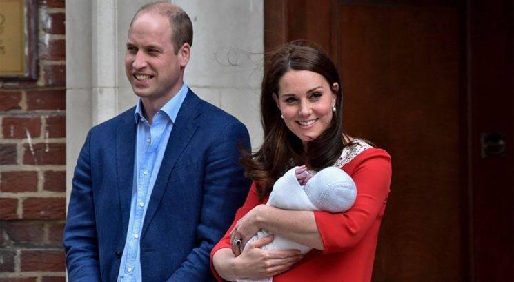 Kraljeva družina objavila prve fotografije princa Louisa!