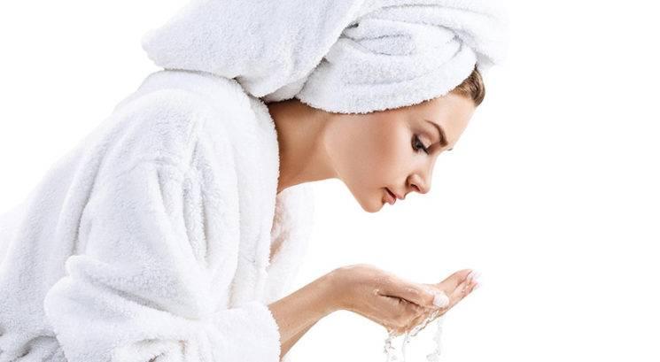 Največje napake, ki jih delaš med umivanjem obraza
