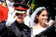 Kraljeva poroka: Dramatična vlečka od Meghan Markle imela skrivnostni pomen
