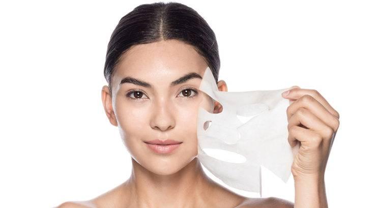Maske za obraz v lističih: Kako podvojiš njeno učinkovitost