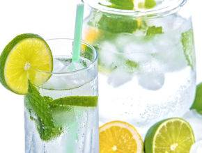 Wellness: 4 okusni in zdravi detox vodni recepti
