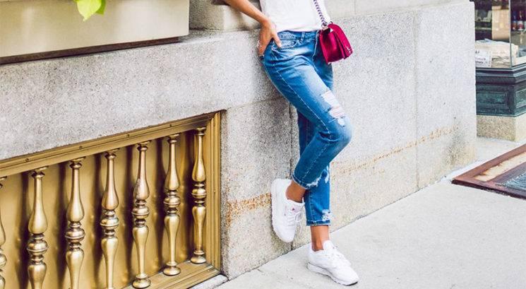 Modni trik: Kako nositi čevje brez pete, če si manjše postave