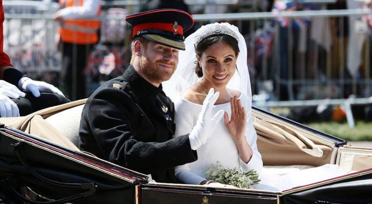 Princ Harry in Meghan Markle morala vrniti za 8 milijonov evrov poročnih daril