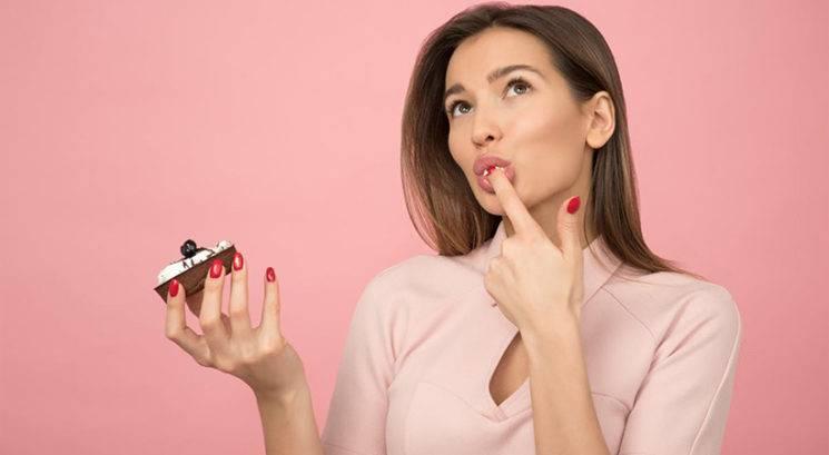 Dietni trik: Kako uživati slaščice in kljub vsemu hujšati