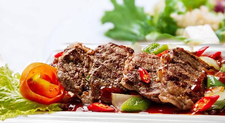 Kaj lahko pričakujejo vegetarijanci in vegani, ko začnejo zopet uživati meso