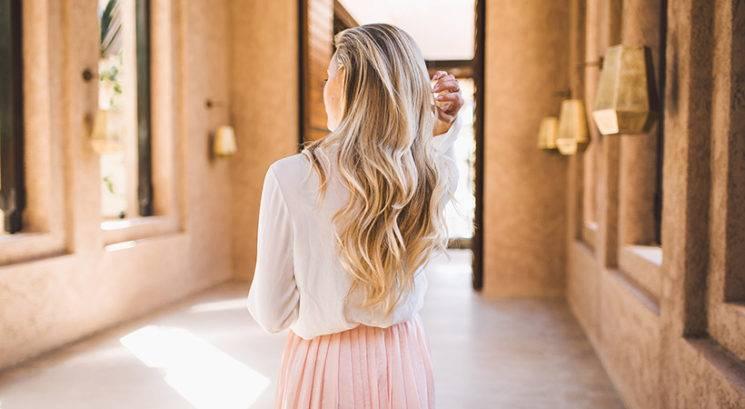 Posvetljevanje posameznih las je novi balayage!