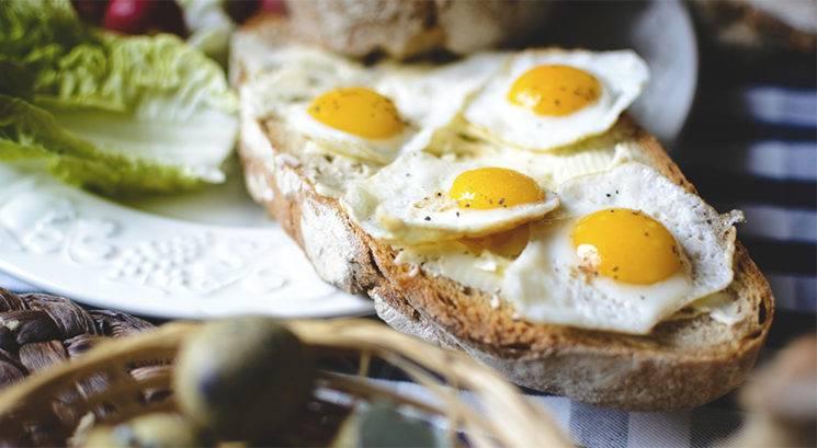 Kaj se zgodi, če vsak dan za zajtrk ješ jajca