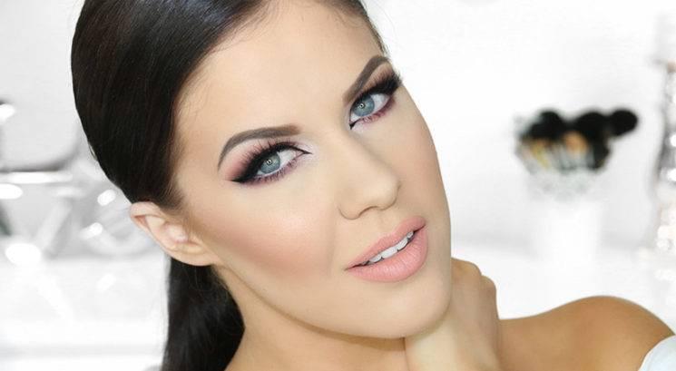 Makeup trik: Kako ohraniti (zelo) mastno kožo matirano