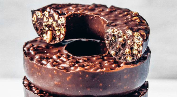 Hrustljavi čokoladni krofi iz samo 3 sestavin