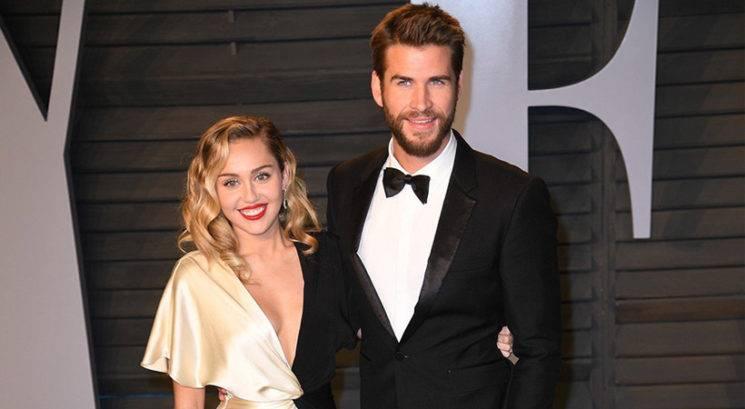 Ali Miley Cyrus in Liam Hemsworth pričakujeta prvega otroka?
