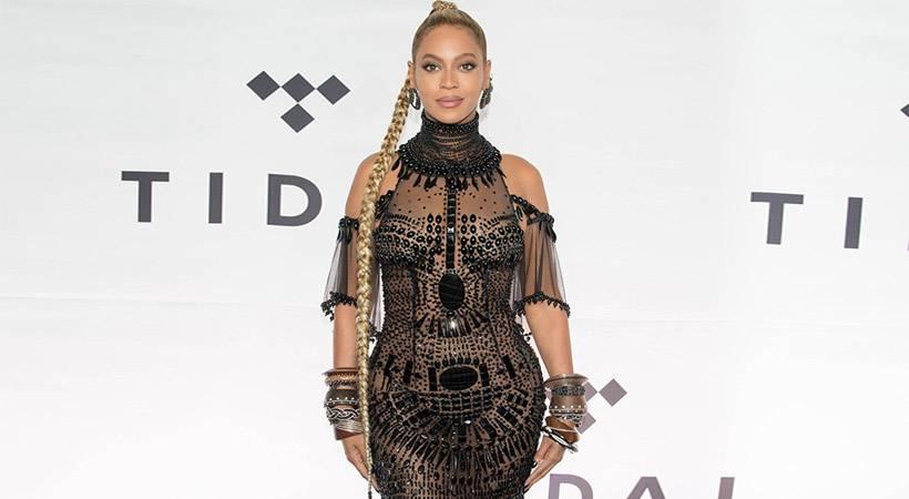 Beyoncé morala sredi koncerta odrezati dolgo kito!