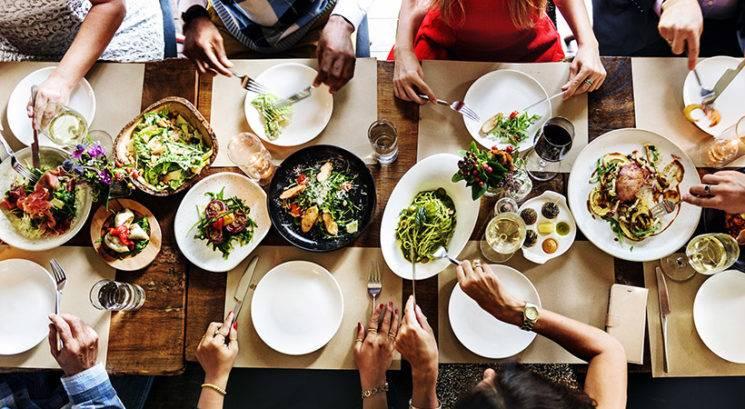 Zakaj se pri jedi ne spodobi reči 'Bon Appétit'