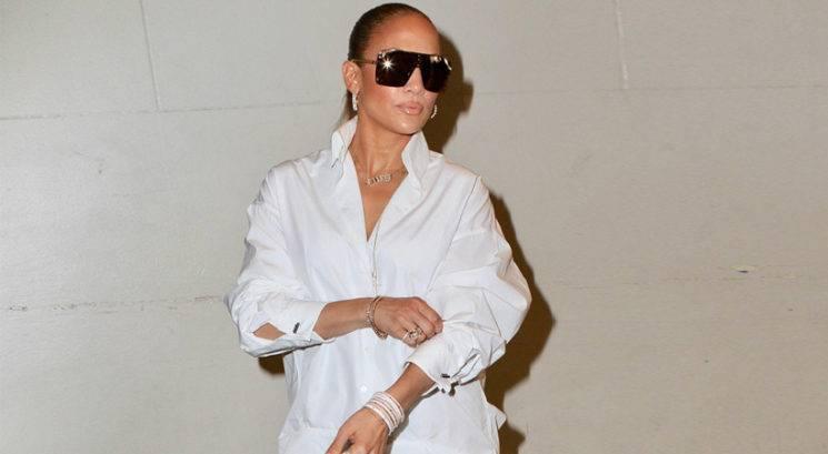 Spoznaj modni trik, ki ga J.Lo uporablja že 10 let za mladostni izgled