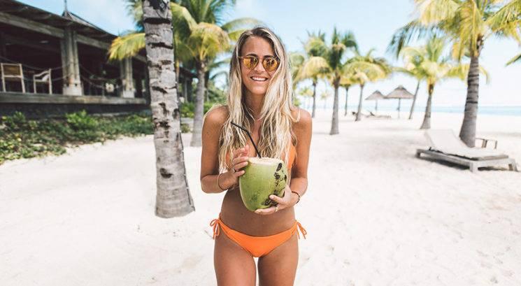 Kokosova voda: Bi jo morala nanašati na lase?
