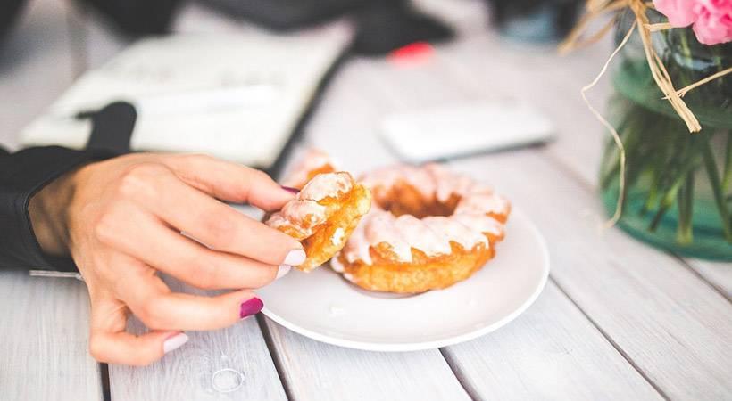 Kaj hrepenenja po določeni hrani razkrivajo o tvojem zdravju